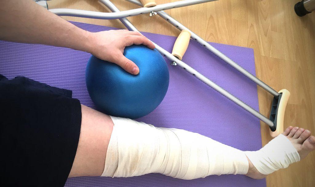 Po operácii kolena bez barlí, efektívna rehabilitácia za 7 dní