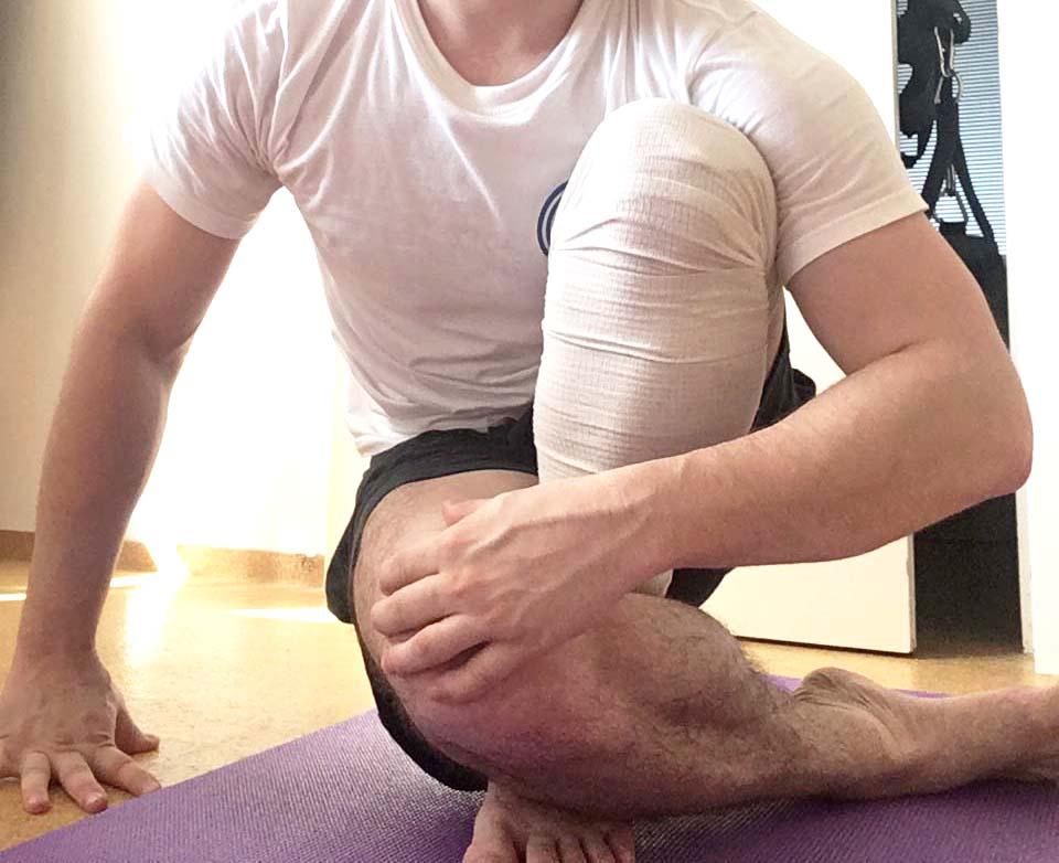 Mesiac od plastiky skríženého väzu (LCA) – efektívna rehabilitácia kolena z domu